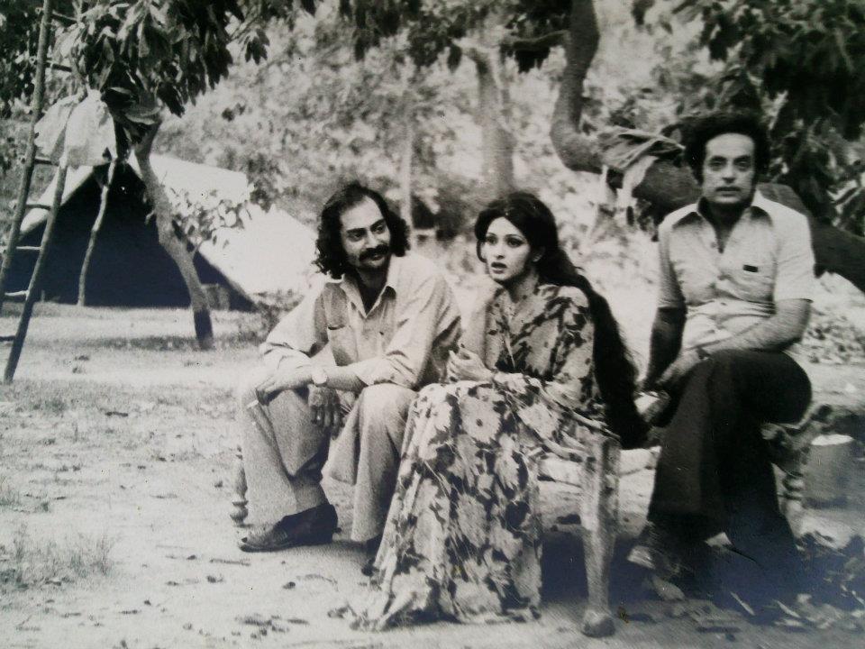 """A scene from """"Moorat"""" (by Yawar Hayat) - Bindiya and Tarar sb"""